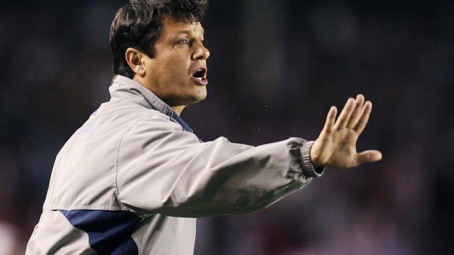 Desesperado, Cruzeiro visita o Grêmio e joga para evitar o rebaixamento