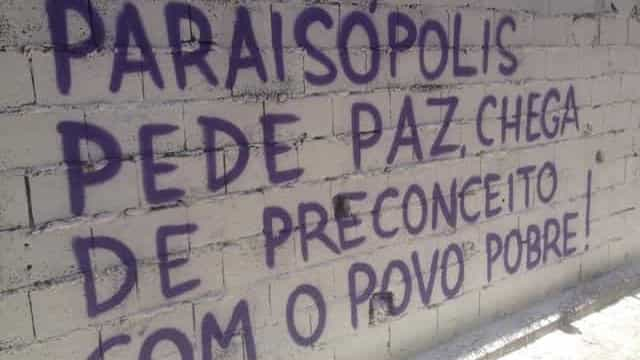 Paraisópolis tem baile esvaziado, grafites e homenagens a vítimas