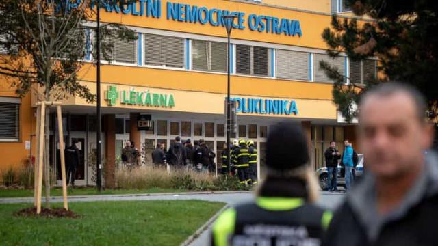 Homem invade hospital e mata seis pessoas na República Checa