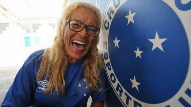 Aos 86 anos, morre Dona Salomé, torcedora símbolo do Cruzeiro