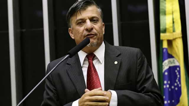 Câmara acata decisão do TSE e cassa mandato do deputado Boca Aberta