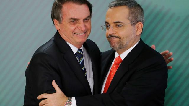 Mutirão pró-Aliança tem conservadores, tias do zap e fãs de Weintraub