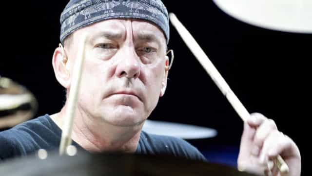 Morre Neil Peart, baterista da banda Rush