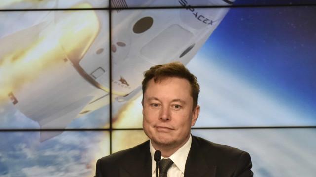 SpaceX quer levar primeiros astronautas ao Espaço ainda este ano