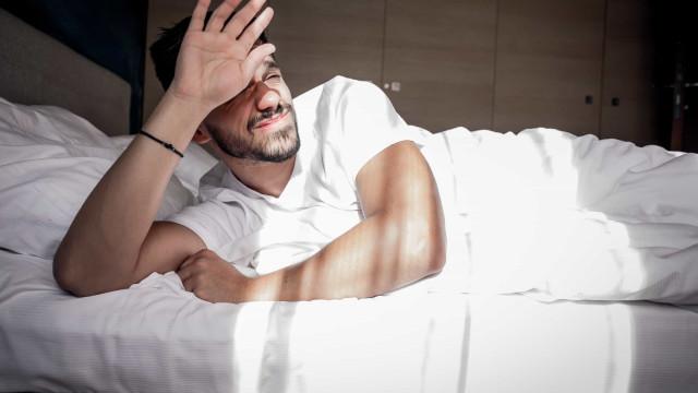 Homens jovens que dormem mal têm maior risco de sofrer desta doença