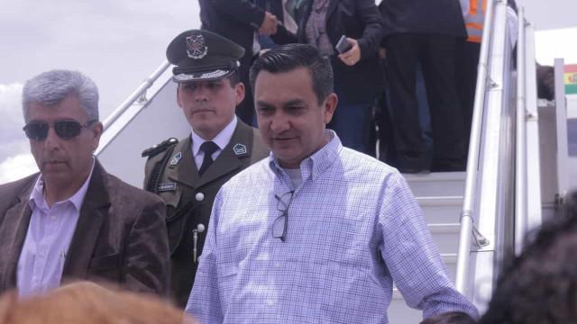 Bolívia suspende relações diplomáticas com Cuba
