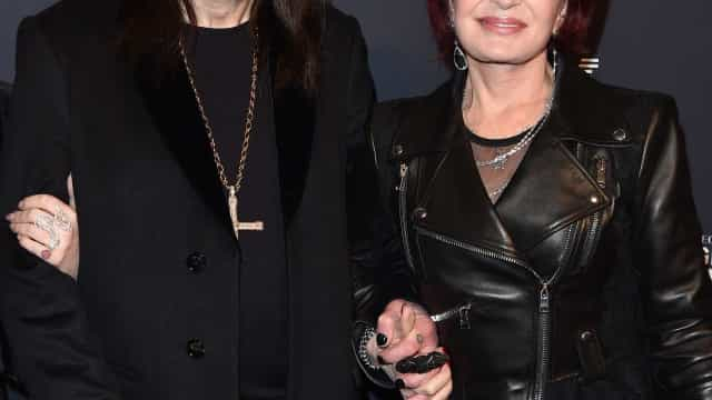 Ozzy Osbourne marca presença em evento após revelar sofrer de Parkinson