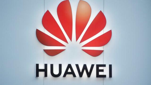 EUA acusam Huawei de acessar redes de operadoras indevidamente