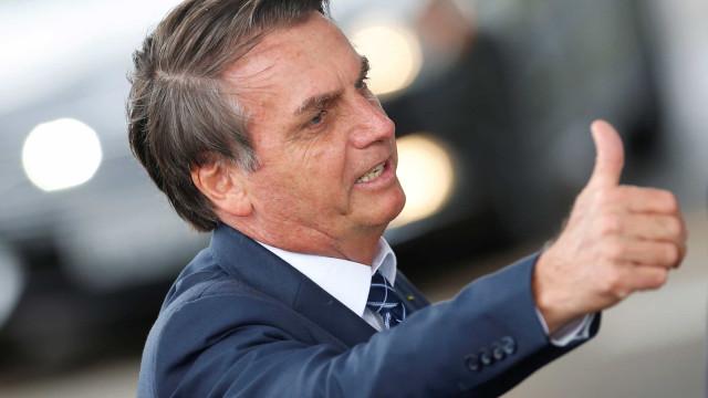 Ainda com Bolsonaro, PSL usou recurso público com carro e restaurante