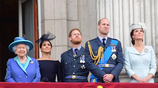 Harry e Meghan Markle unem-se com a família real para projeto 'histórico'