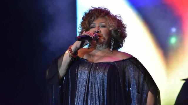 """Alcione faz grande show em Lisboa e encanta portugueses: """"Nossa rainha"""""""