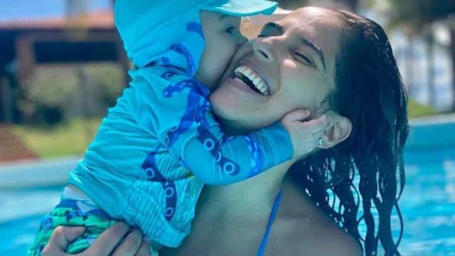 Meses após dar à luz, Camilla Camargo diz não ter neura para emagrecer