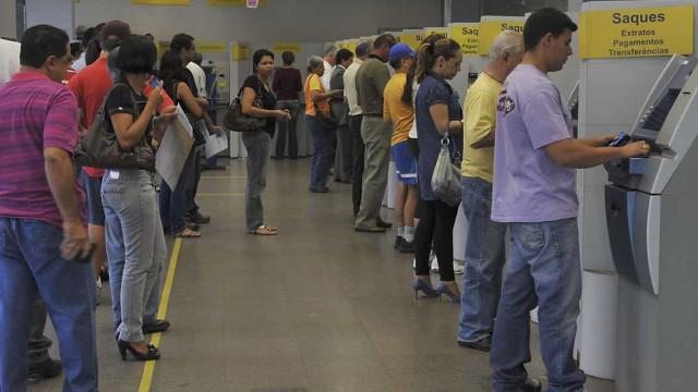 Bancos fecham na segunda e terça-feira de carnaval