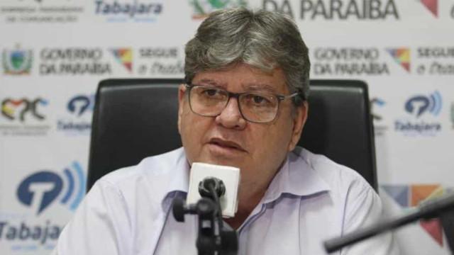 'Há conotação política no movimento dos PMs', diz governador da Paraíba