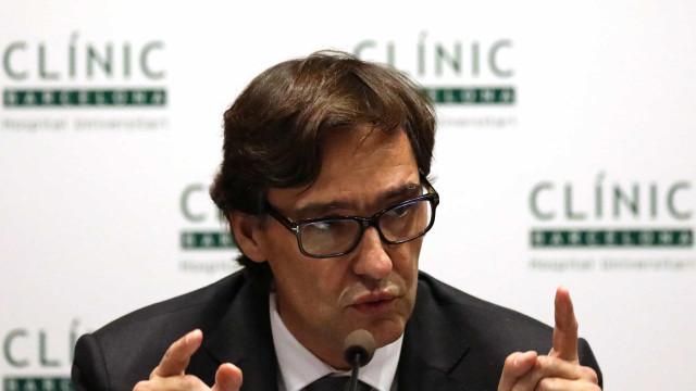 """Espanha pondera fechar Madrid e mais 10 cidades por """"situação extrema"""""""