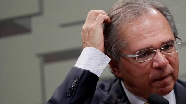 PSOL pede convocação de Guedes para explicar 'PIB Público' e 'Privado'