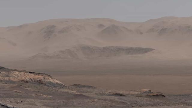 Marte teve rios com água durante milhares de anos
