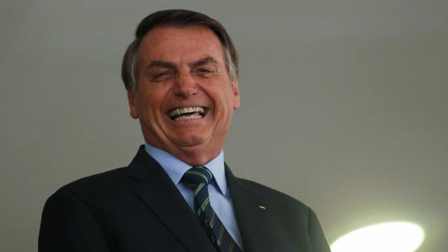 'Brasil está bem', diz Bolsonaro, após reunião com empresários