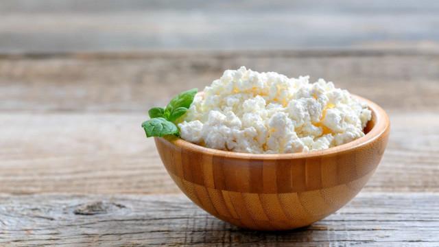 Alguns dos queijos mais saudáveis para integrar na dieta