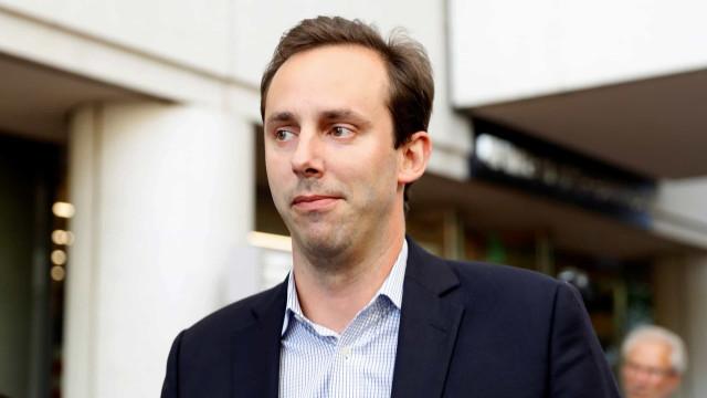 Trump perdoa engenheiro acusado de roubar tecnologia da Google