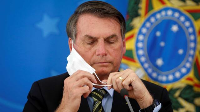 Pacientes com Covid-19 e familiares criticam declarações de Bolsonaro