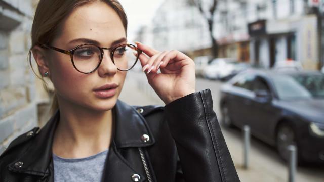 Entenda como usar óculos pode protegê-lo do novo coronavírus