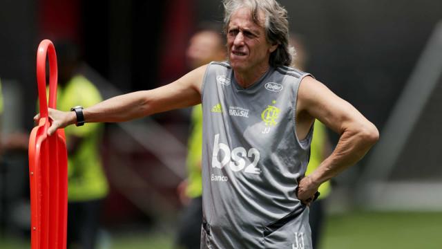 Flamengo confirma prolongamento das férias de Jesus e jogadores