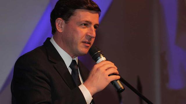 Prefeito de São Bernardo está na UTI com Covid-19