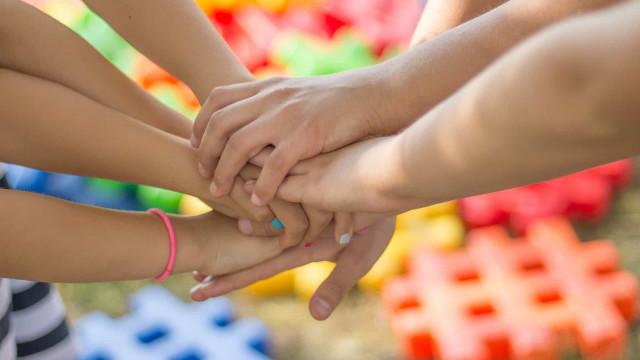 Pais devem redobrar cuidados com crianças em casa