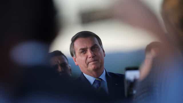 Bolsonaro reitera uso da cloroquina e diz que indicaria para a mãe