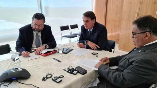 Bolsonaro e Trump trocaram encorajamento nesse momento difícil