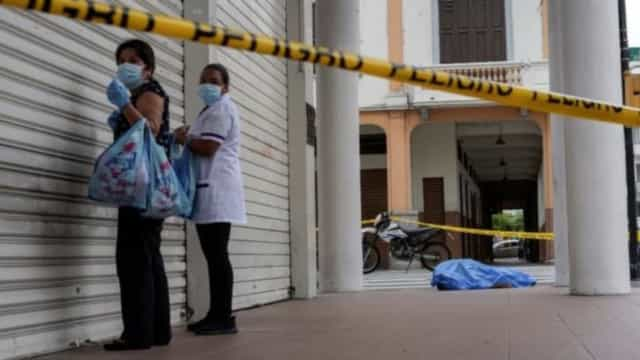 Covid-19: Equador vive caos e corpos ficam abandonados pelas ruas