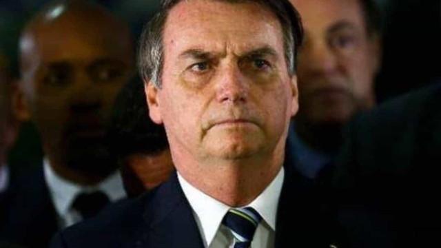 Bolsonaro a governadores: Vai abrindo devagar, que ninguém aguenta mais
