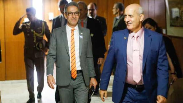 Após reunião com Bolsonaro, Zema diz estudar suspender isolamento