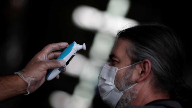 Covid-19: Brasil chega a 2,8 milhões de casos; 70,3% estão recuperados