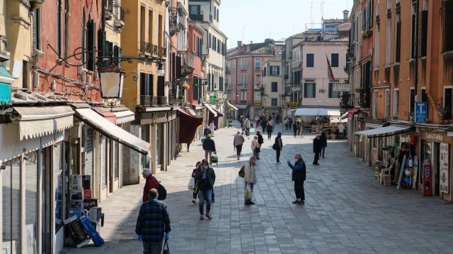 Itália e Áustria começam a reabrir lojas de forma parcial