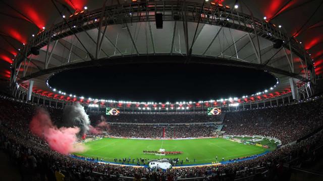 Massagista do Flamengo está em estado grave com suspeita de Covid