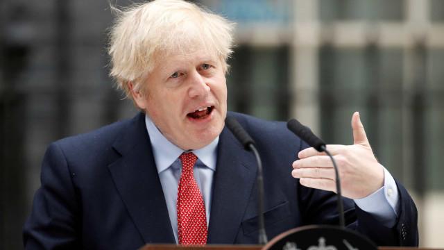 Boris realça heroísmo dos britânicos em 1945 e pede igual espírito