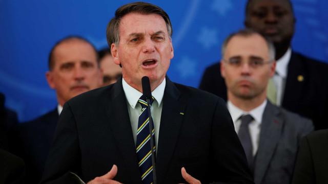 Bolsonaro gasta mais que Dilma e Temer no cartão da Presidência