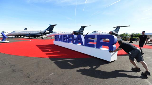 Fim de acordo com Boeing pressiona Embraer tentar se reestruturar