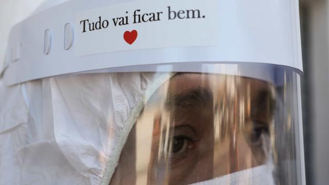 Mensagem 'Use Máscara' invade as ruas da cidade do Rio de Janeiro