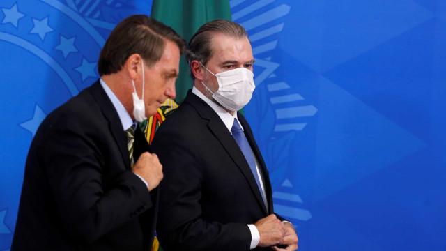 Bolsonaro é criticado ao pressionar STF com 'marcha empresarial'