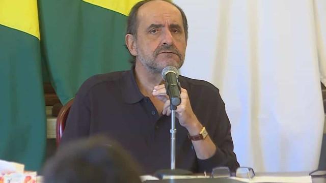 Bolsonaro volta a atacar Kalil e diz que prefeito está fazendo 'barbaridades'
