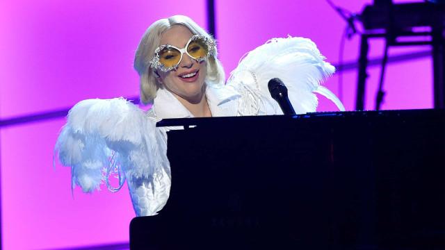 Hackers exigem US$ 21 mi de advogado de Lady Gaga e Elton John