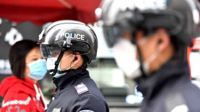 Itália usa capacete especial para analisar temperatura corporal