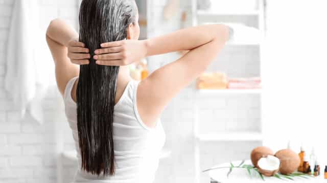 Hidratar e nutrir o cabelo: Prepare esta máscara caseira com óleo de coco