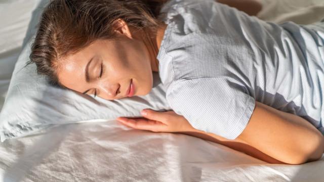 Com que frequência devo trocar (e lavar) os travesseiros?