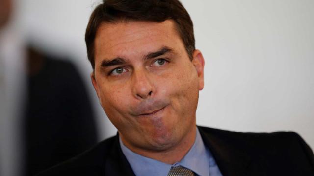 Oposição pede processo contra Flávio Bolsonaro no Conselho de Ética após compra de mansão