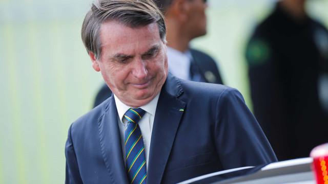 Bolsonaro sugere 'esperar um pouquinho' sobre adiamento do Enem