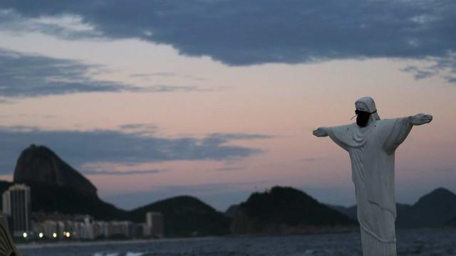 Rio de Janeiro começa hoje plano de desconfinamento